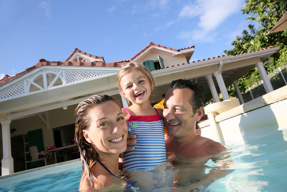 swimming-pool-for-family-members